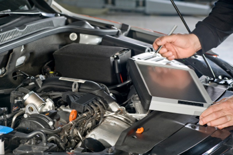 HALLS AUTO'S RICHMOND OFFER CAR SERVICING & REPAIRS